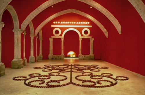 l 39 uvre red angel of marseille centre pompidou. Black Bedroom Furniture Sets. Home Design Ideas